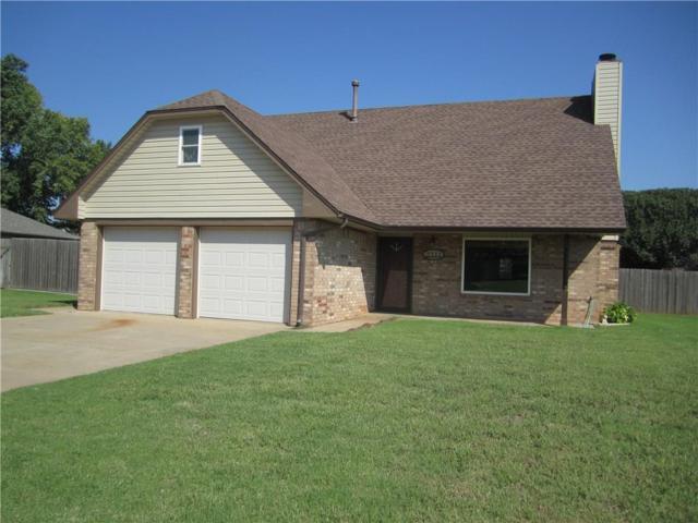 2311 Peach, Weatherford, OK 73096 (MLS #835763) :: Wyatt Poindexter Group