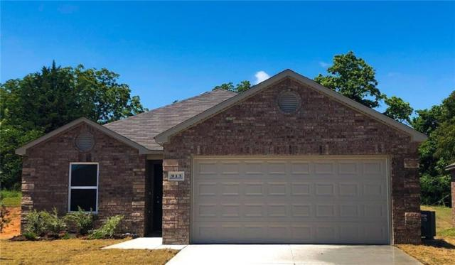 920 Klare Lane, Midwest City, OK 73130 (MLS #836521) :: UB Home Team