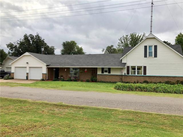323 N Missouri, Thomas, OK 73669 (MLS #838772) :: Erhardt Group at Keller Williams Mulinix OKC