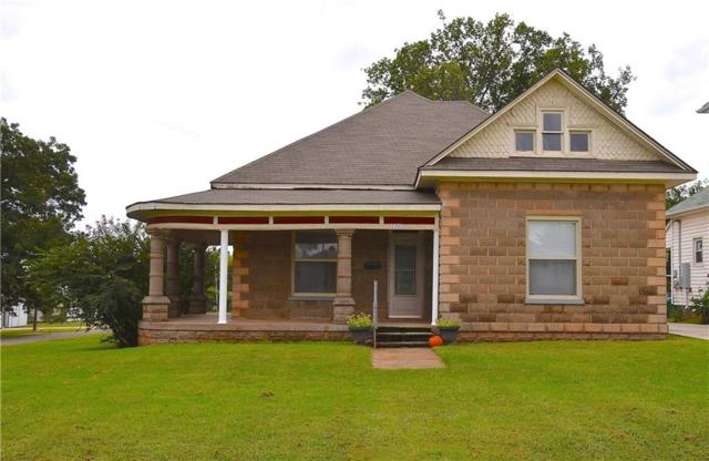 1401 W Washington Avenue, Guthrie, OK 73044 (MLS #838846) :: Homestead & Co
