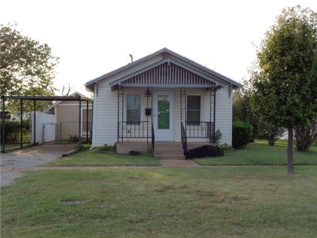 917 N Navajoe, Altus, OK 73521 (MLS #841129) :: Homestead & Co