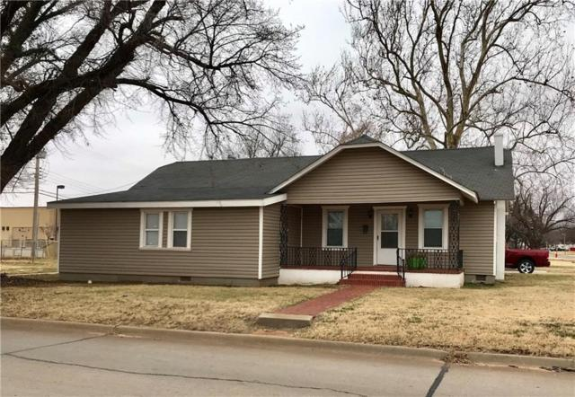 223 N Randall, Elk City, OK 73644 (MLS #847261) :: Erhardt Group at Keller Williams Mulinix OKC