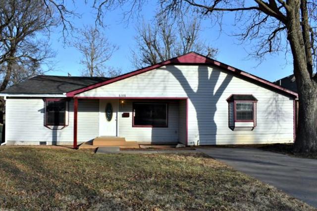 1011 S 20th Street, Chickasha, OK 73018 (MLS #847544) :: Homestead & Co
