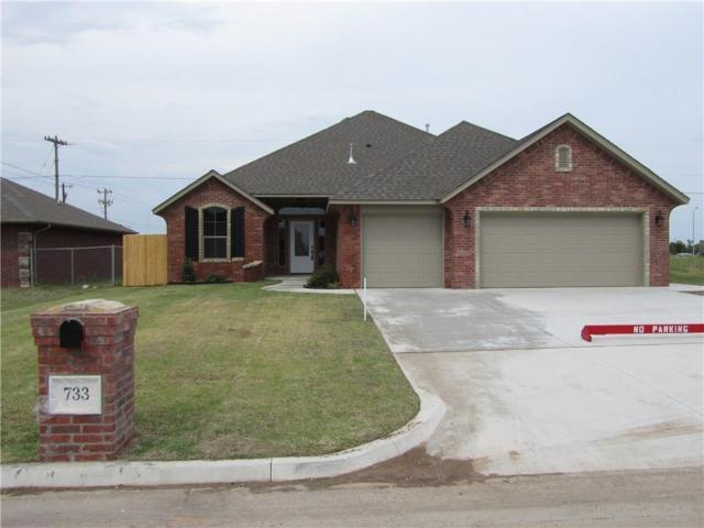 733 SW 11th Street, Moore, OK 73160 (MLS #847902) :: KING Real Estate Group