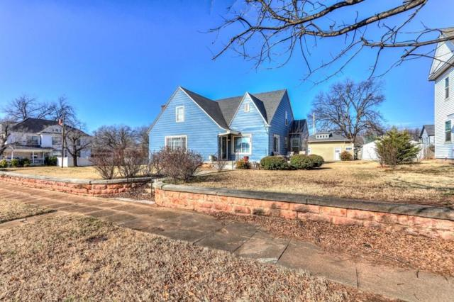 702 E Noble Avenue, Guthrie, OK 73044 (MLS #847983) :: KING Real Estate Group