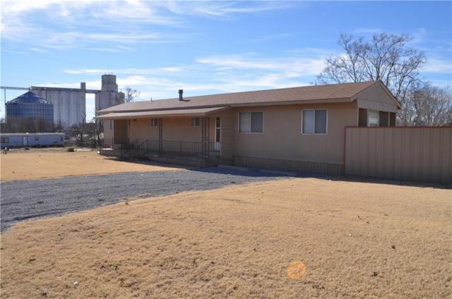 311 N Brewer, Hydro, OK 73048 (MLS #848125) :: Homestead & Co