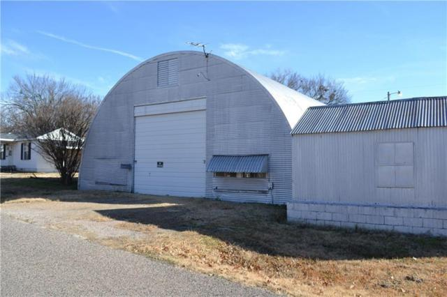 317 N Mead, Shawnee, OK 74801 (MLS #848162) :: Homestead & Co