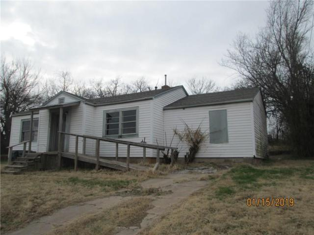 737 N 3rd, Purcell, OK 73080 (MLS #848758) :: Homestead & Co