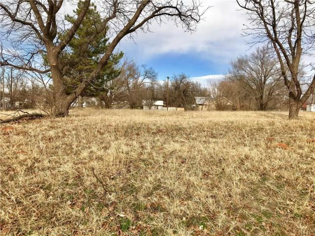 313 W Locust, Sayre, OK 73662 (MLS #848994) :: Homestead & Co