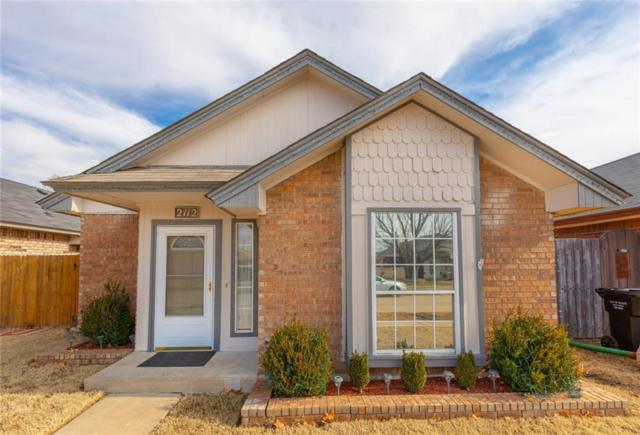 2112 S Robinson Avenue, Moore, OK 73170 (MLS #849272) :: Barry Hurley Real Estate