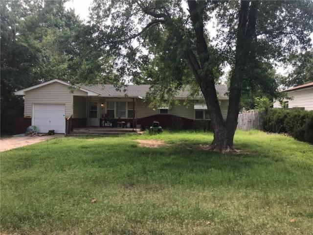 428 S 4th, McLoud, OK 74851 (MLS #849771) :: Erhardt Group at Keller Williams Mulinix OKC