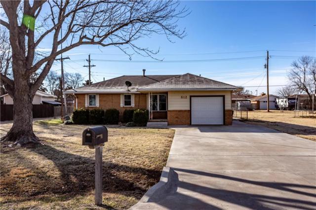 612 W Orient Street, Thomas, OK 73669 (MLS #850035) :: Homestead & Co