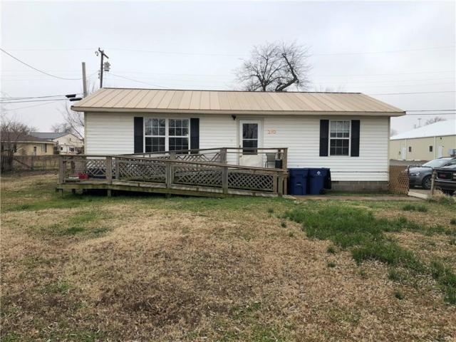 210 W Barger Street, Wayne, OK 73095 (MLS #851989) :: Homestead & Co