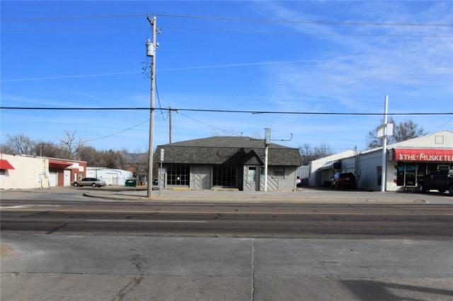 2300 S Air Depot Boulevard, Midwest City, OK 73110 (MLS #852605) :: Homestead & Co