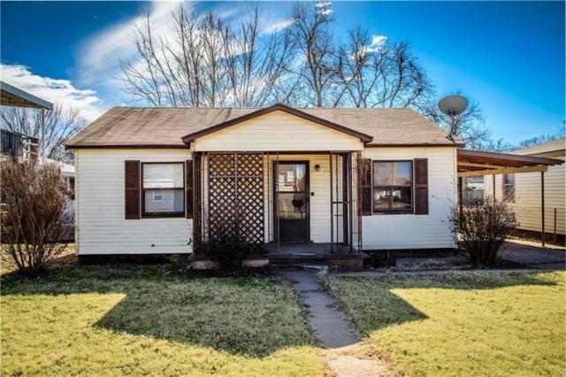 1210 W 7th Street, Elk City, OK 73644 (MLS #853181) :: Homestead & Co