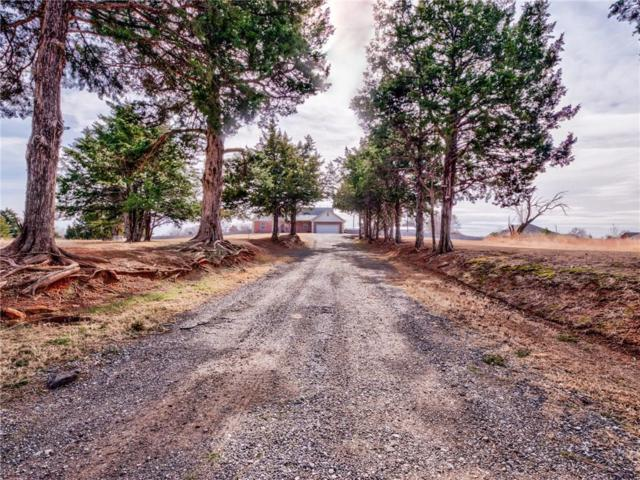 3025 W Forrest Hills Road, Guthrie, OK 73044 (MLS #853580) :: Homestead & Co