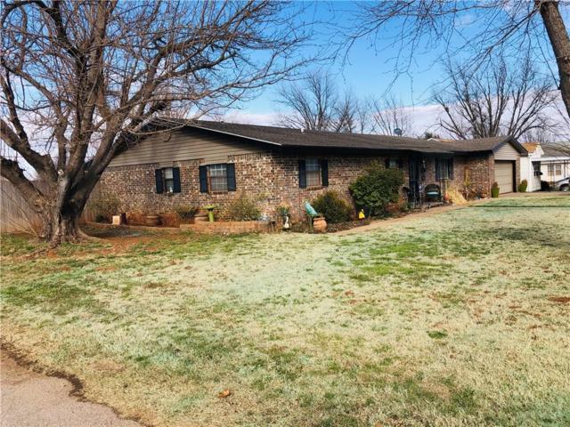 921 W D Avenue, Elk City, OK 73644 (MLS #854138) :: Homestead & Co