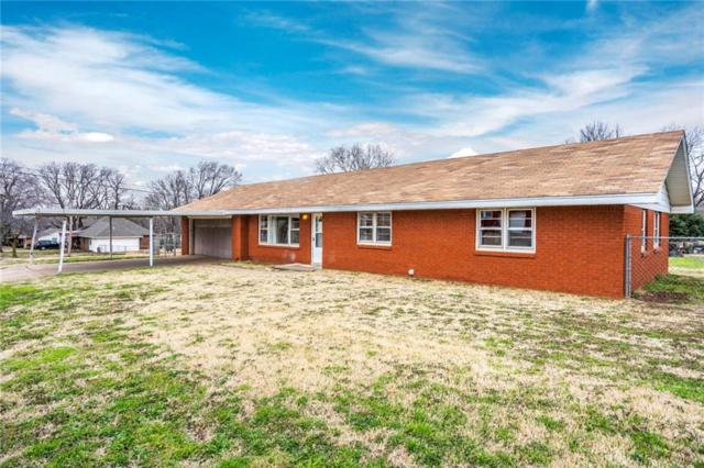 319 W Truman Place, Purcell, OK 73080 (MLS #854851) :: Homestead & Co