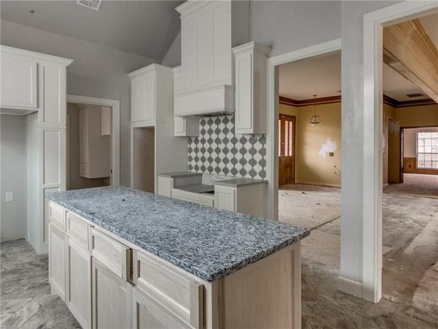 4104 NW 144th Terrace, Oklahoma City, OK 73134 (MLS #855598) :: Homestead & Co