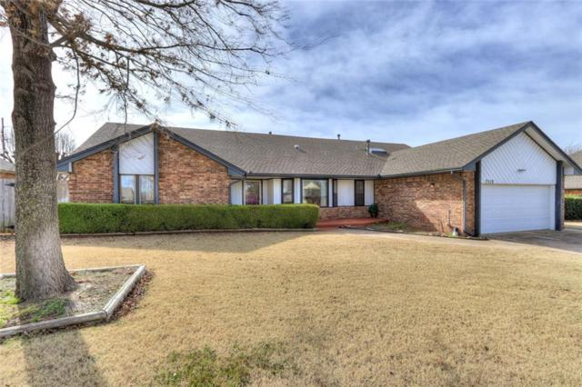 7112 Summit Drive, Oklahoma City, OK 73162 (MLS #855806) :: Homestead & Co