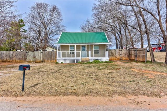 205 E Maple, Noble, OK 73068 (MLS #856138) :: Homestead & Co