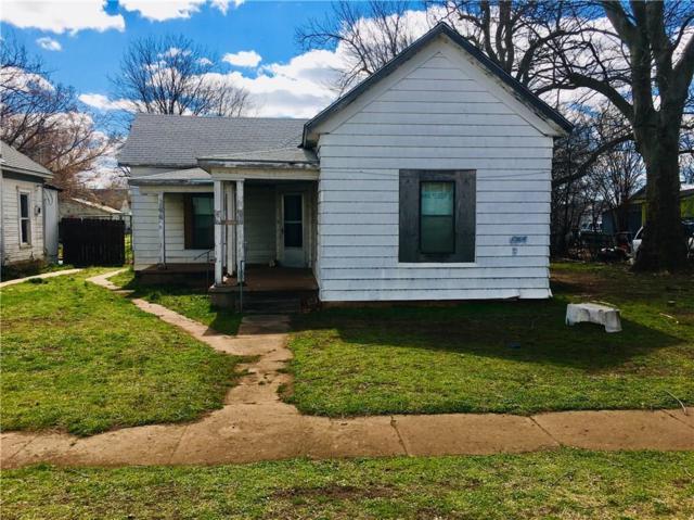 108 W Kentucky, Anadarko, OK 73005 (MLS #856387) :: Homestead & Co