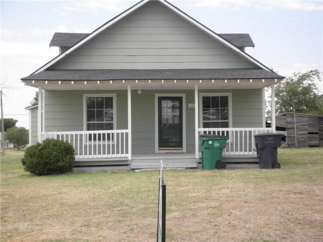 320 S 5th Street, Sentinel, OK 73664 (MLS #856441) :: Homestead & Co