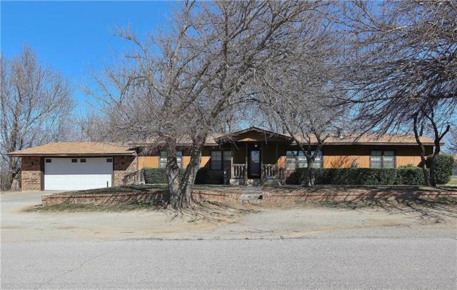 120 N Lewis Avenue, Calumet, OK 73014 (MLS #856782) :: Homestead & Co
