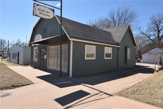 415 S Division Street, Guthrie, OK 73044 (MLS #857072) :: Homestead & Co