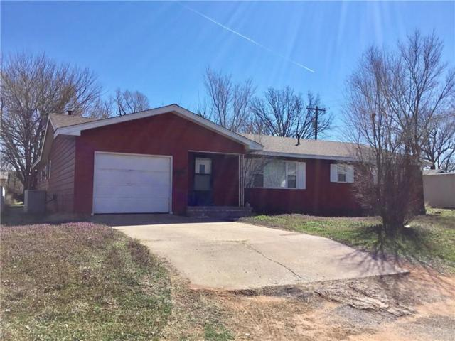 207 N Third Street, Cheyenne, OK 73628 (MLS #857249) :: Homestead & Co