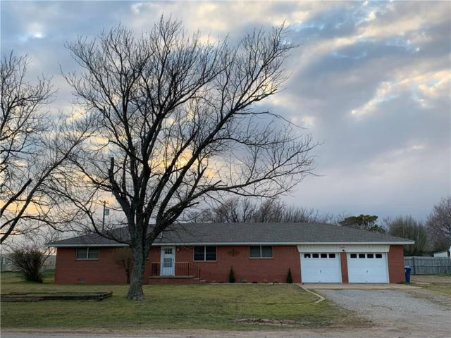 603 SW 4th Street, Tuttle, OK 73089 (MLS #857759) :: Homestead & Co