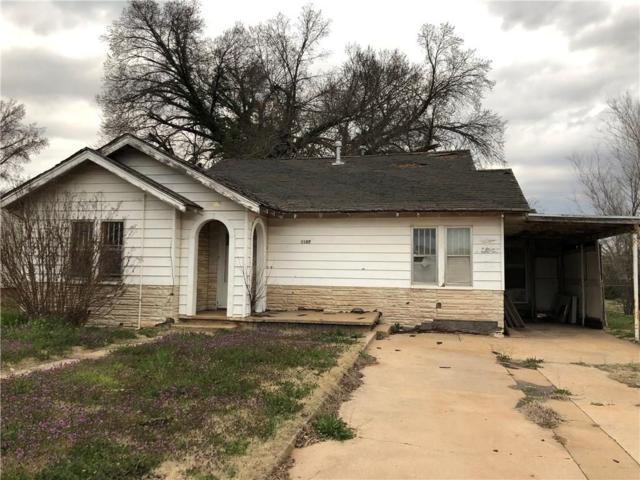 1107 W 2nd Street, Elk City, OK 73644 (MLS #858379) :: Homestead & Co