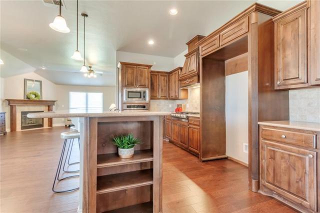 821 NW 194th Terrace, Edmond, OK 73012 (MLS #858767) :: Homestead & Co