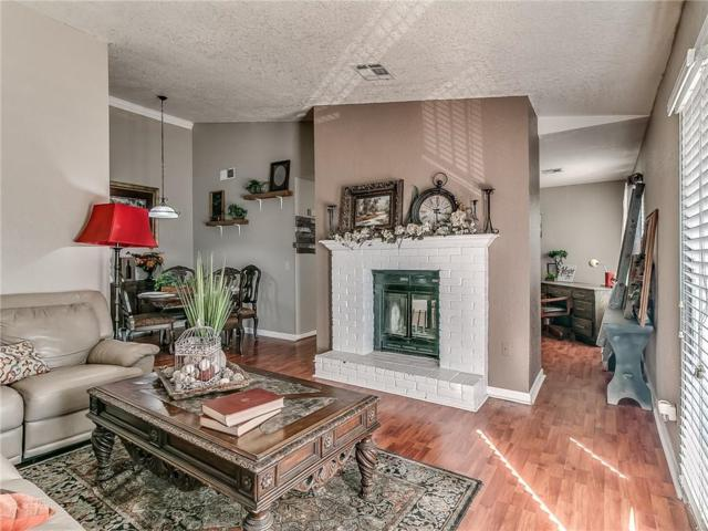 3003 River Oaks Drive #203, Norman, OK 73072 (MLS #860530) :: Denver Kitch Real Estate