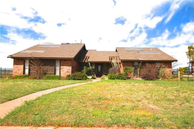 128 Fairway Drive, Elk City, OK 73644 (MLS #861940) :: Homestead & Co