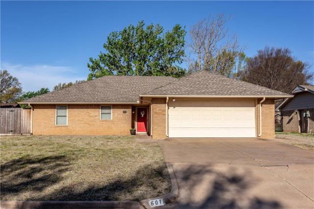 601 Walnut Avenue, Weatherford, OK 73096 (MLS #863478) :: Homestead & Co