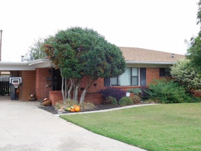 2049 Willard Corner, Altus, OK 73521 (MLS #864820) :: Homestead & Co