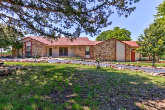 9401 Red Oak Lane, Edmond, OK 73034 (MLS #867327) :: KING Real Estate Group