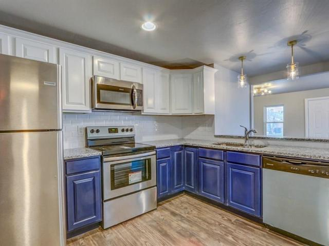 1642 NW 11th Street, Oklahoma City, OK 73106 (MLS #867961) :: Denver Kitch Real Estate
