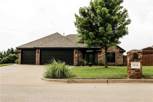 1016 Lincoln Avenue, Piedmont, OK 73078 (MLS #868333) :: Denver Kitch Real Estate