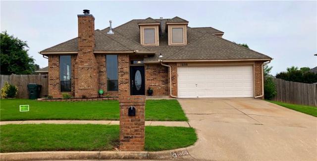 1608 Pennington Circle, Midwest City, OK 73130 (MLS #868382) :: Homestead & Co