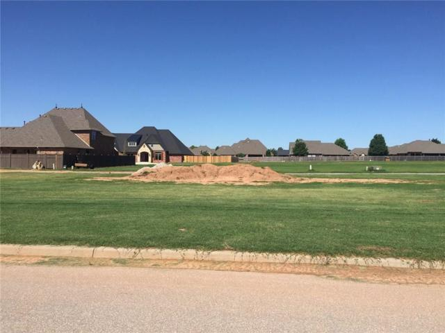 1207 Chestnut Place, Weatherford, OK 73096 (MLS #869086) :: Homestead & Co