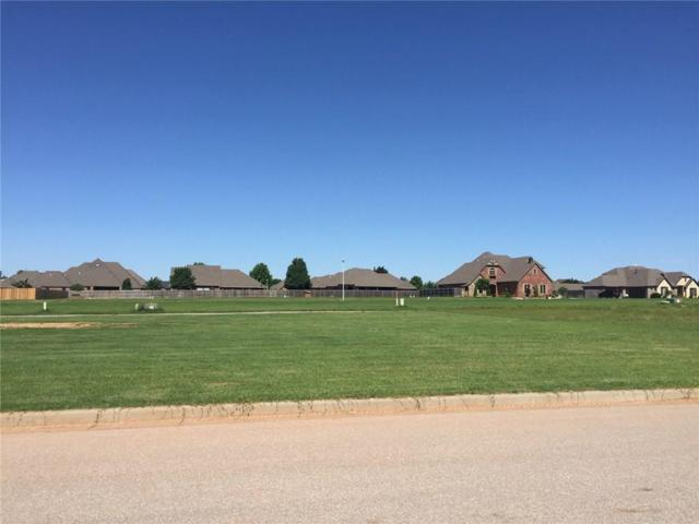 1213 Chestnut Place, Weatherford, OK 73096 (MLS #869099) :: Homestead & Co