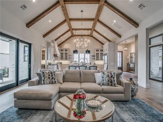 1512 NW 158th Terrace, Edmond, OK 73013 (MLS #869645) :: Homestead & Co