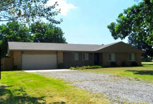 3021 S Washington Street, Stillwater, OK 74074 (MLS #869769) :: Homestead & Co