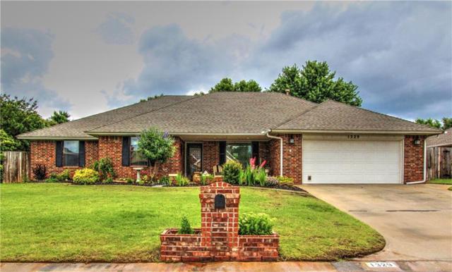 1329 SW 109th Place, Oklahoma City, OK 73170 (MLS #871177) :: Homestead & Co