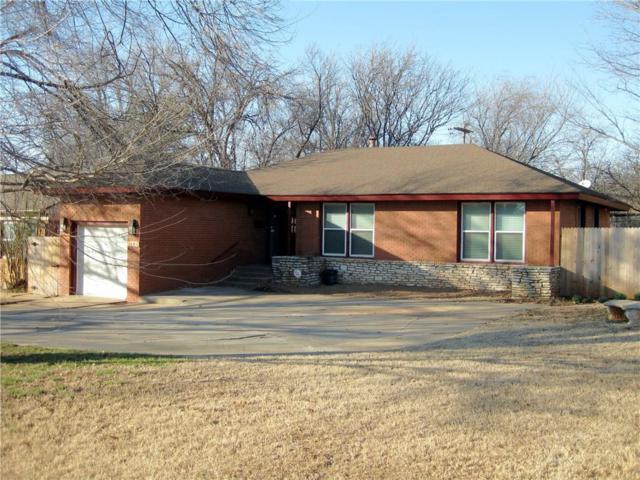 1101 Bedford Drive, Nichols Hills, OK 73116 (MLS #871395) :: Homestead & Co