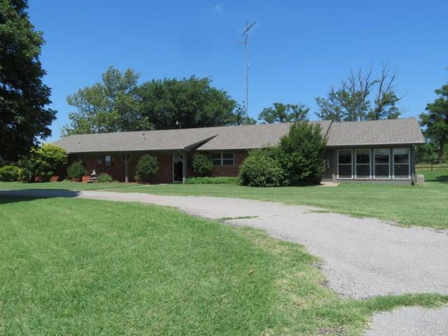 9985 N Us 183 Highway, Arapaho, OK 73620 (MLS #871742) :: Homestead & Co