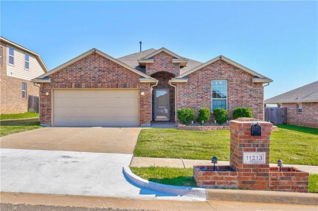 11213 NW 97th Street, Yukon, OK 73099 (MLS #873701) :: Homestead & Co