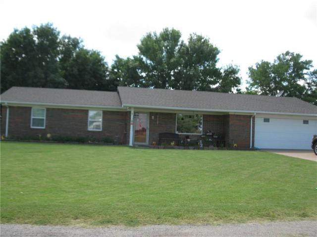 516 S Vine Road, Custer City, OK 73639 (MLS #874262) :: Homestead & Co